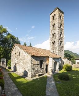 chiesa dei santi cosima e damiano rezzago